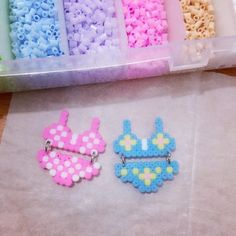 堆糖-美好生活研究所 Hama Beads Design, Hama Beads Patterns, Beading Patterns, 3d Perler Bead, Pearler Beads, Bead Crafts, Diy And Crafts, Pearl Beads Pattern, Fusion Beads