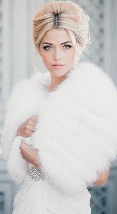 Love the overall look: Everything is white and light including the hair