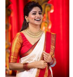 Actress Rachita Ram latest photos, Tollywood Movie news and Rachita Ram latest news. Rachita Ram is an Indian actress who predominantly appears in Kannada movies Pattu Saree Blouse Designs, Saree Blouse Patterns, Designer Sarees Wedding, Saree Wedding, Bridal Sarees, Fancy Blouse Designs, Bridal Blouse Designs, Wedding Saree Collection, Saree Trends