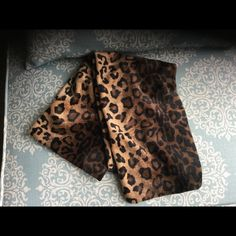 Animal print leopard scarf shawl Great condition❌❌NOT J.Crew❌💕💕💕firm J. Crew Accessories Scarves & Wraps