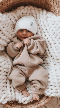 Cute Little Baby, Little Babies, Baby Love, Cute Babies, Baby Kids, Little Boys, Cute Baby Boy Outfits, Cute Baby Clothes, Newborn Boy Outfits