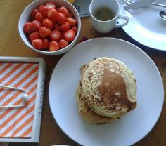 Pancakes with soya milk and olive oil! The soya milk gave them a naturally sweet flavour. With some fresh strawberries on top, they were the perfect weekend breakfast!