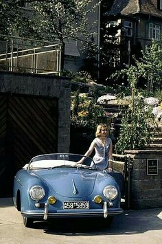 Posing with a Porsche. #vintage #sports_cars