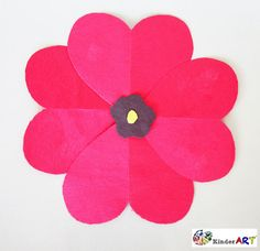 Creating poppies using heart shapes. A nice way to commemorate Veteran's Day and Remembrance Day. Remembrance Day Activities, Remembrance Day Poppy, Wreath Crafts, Flower Crafts, Paper Plate Poppy Craft, Poppy Template, Memorial Day Coloring Pages, Poppy Craft For Kids, Preschool Crafts