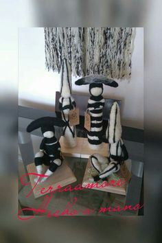 Felting, Shoe Rack, Crafts, Beautiful, Mariana, Create, Amigurumi, Art, Manualidades