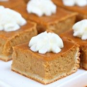 Impossibly Easy Mini Pumpkin Pies recipe from Betty Crocker