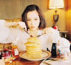 Kiko Mizuhara pancakes #American #Japanese #1990
