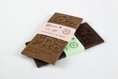 Chocolates tipográficos inspirados no Museu de Letras de Berlim.