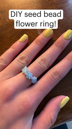 Diy Beaded Rings, Diy Jewelry Rings, Diy Jewelry Unique, Handmade Wire Jewelry, Diy Crafts Jewelry, Ring Crafts, Bracelet Crafts, Seed Bead Jewelry, Bead Jewellery