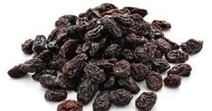 Make Raisin Water To Detoxify Your Liver And Cleanse Your Intestines From Toxins – Recipe - Healthy Life and Fitness Health Heal, Health And Wellness, Healthy Tips, Healthy Recipes, Healthy Foods, High Carb Foods, Toxic Foods, Liver Cleanse, Best Diet Plan