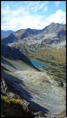 Polskie góry / Dolina Pięciu Stawów / Tatry / Góry / Tatra Mountains #Tatry #Tatra-Mountain #Góry #szlaki-górskie #piesze-wędrówki-po-górach #szczyty-górskie #Polska #Poland #Polskie-góry #Szpiglasowy-Wierch #Szpiglasowa-Przełęcz #Zakopane #Tatry-Wysokie #Polish Mountains #Morskie Oko #Czarny-Staw #na -szlaku-z-Doliny-Pięciu-Stawów-poprzez-Szpigla sową-Przełęcz-i-Szpiglasowy-Wierch-do-Morskiego-Oka #turystyka górska