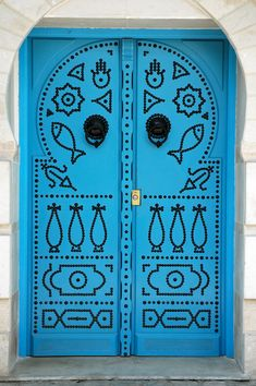 Africa | Ornate door in Sidi Bu Zayd, Tunisia | ©Joaquim Nery                                                                                                                                                                                 Mais