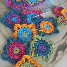 Transcendent Crochet a Solid Granny Square Ideas. Inconceivable Crochet a Solid Granny Square Ideas. Crochet Doily Rug, Granny Square Crochet Pattern, Crochet Blocks, Crochet Squares, Love Crochet, Crochet Granny, Crochet Crafts, Yarn Crafts, Crochet Flowers