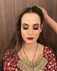Bridal Makeup Videos, Bridal Makeup Images, Best Bridal Makeup, Bridal Makeup Looks, Bride Makeup, Indian Makeup Looks, Indian Bridal Photos, Indian Bridal Outfits, Indian Bridal Fashion