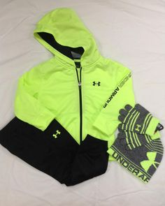 Bundle them up in this adorable Under Armour two piece set available @ #kingfrog #childrens #adelga