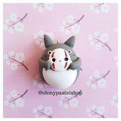 My neighbour Totoro, Kaonashi Mask, Totoro Studio Ghibli, Polymer clay charm, clay jewelry, fimo charm, fimo ideas, polymer clay ideas, Cute charm