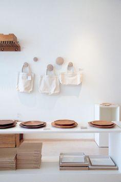 hang | wood