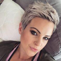 Credits to @brickies_girl #shorthair #shorthairideas #blondehair #pixiecut #pixiehair #bobhaircut #bob #trend #trendyhair #shorthairdontcare #shorthairstyles #redhair #hair #hairgoals #pixiehair #hairfashion #newhaircut #curlyhair #shorthairideas #pixiecut