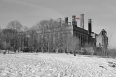 Delaware Generating Plant, Philadelphia; coal-fired turbines built in 1920. The old facility is still used today when necessary for high demand. Pig was digitally placed there as a joke, simulating Pink Floyd's Animal's album cover.
