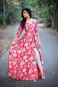 2015 summer beach casual print lace bodycon women's dress long sleeve long d Kurti Neck Designs, Kurti Designs Party Wear, Blouse Designs, Long Kurta Designs, Party Wear Indian Dresses, Indian Gowns Dresses, Party Wear Kurtis, Indian Designer Outfits, Indian Outfits