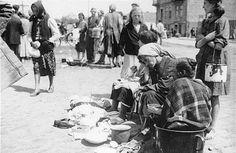 O tej rocznicy nie można zapomnieć - scena z życia w gettcie żydowskim w Przemyślu  Jewish ghetto. Przemyśl, Subcarpathian District, Poland in Europe. #jews #wwII #history