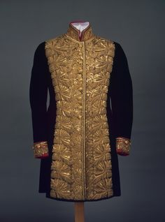 Late The State Hermitage Museum, St. Historical Costume, Historical Clothing, Military Fashion, Mens Fashion, Military Clothing, Gothic Fashion, Military Costumes, Military Uniforms, Gents Kurta
