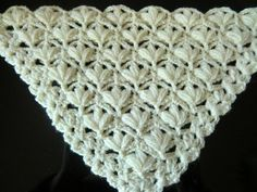 Crochet Pattern '* VERY PRETTY AND EASY FLOWER PATTERN FOR A SHAWL * - YouTube