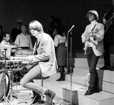 The Byrds (Michael Clarke - drums/ Jim McGuinn - vocals, lead guitar) performing on Shindig 1965