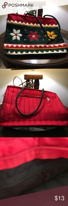 Beautiful Colorful Quilted Homemade Bag Beautiful colorful pre-owned like new quilted homemade bag Bags Shoulder Bags