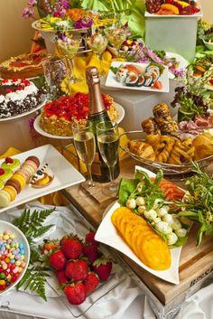 Holiday Brunch Buffet | Rosen Centre Hotel