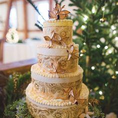 Ribbon-Wrapped Wedding Cake