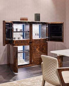 Luxury Italian Furniture, Luxury Furniture Brands, Bespoke Furniture, Large Furniture, Contemporary Furniture, Furniture Design, Luxury Office, Home Catalogue, Coffee Table Design