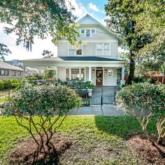 2122 POST ST, JACKSONVILLE, FL 32204 - 559k - pretty, classical homes in Florida. Some are surprisingly affordable.