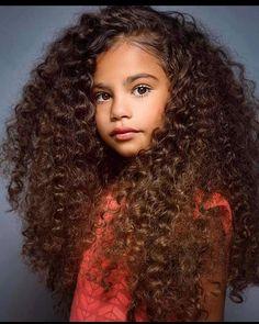y Tus Rizos Me Encantan ! Beautiful and your Curls I love! Beautiful Black Babies, Beautiful Children, Black Women Hairstyles, Girl Hairstyles, Mixed Kids Hairstyles, Curly Hair Styles, Natural Hair Styles, Natural Curls, Cute Mixed Babies