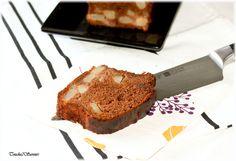 Cake à la poire, sirop d'agave, chocolat et caramel