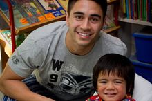 Warriors player Shaun Johnson says being able to do something positive for children like Gideon Fe'ao is a great feeling. 3 Year Old Boy, Warm Fuzzies, Old Boys, Rugby, Warriors, Positivity, Football, Feelings, Children