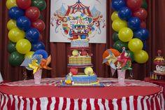 Cake at a Circus Party #circus #partycake