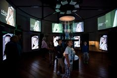 Spectacular audiovisual installation which brings the pay-off Holland made in Delft', back to life @Museum Prinsenhof Delft. Film, movie, projectie.
