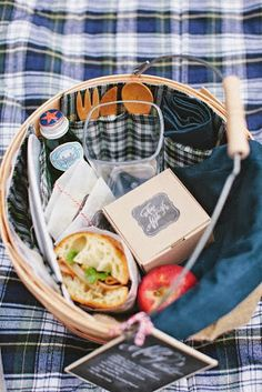 Apple Picking Basket on Babble, fall, autumn, picnic basket, fall picnic basket, apple picking, apple picking basket