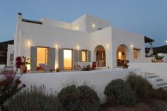 Home | An Island Home on Antiparos - Nomad Luxuries
