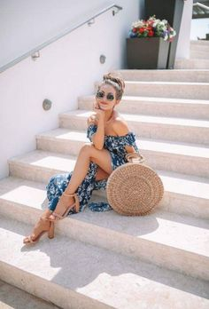 Our First Day in Bermuda! Southern Curls & Pearls: Our First Day in Bermuda! The post Our First Day in Bermuda! appeared first on Do It Yourself Diyjewel. Vacation Outfits, Summer Outfits, Summer Dresses, Vacation Style, Maxi Dresses, Gypsy Style, Boho Gypsy, Outfit Strand, Southern Curls And Pearls