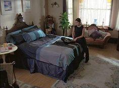 Charmed Halliwell Manor Prue's bedroom 2