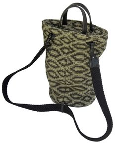Settebello backpack in handwoven fabric masai kaki. 100% shetland wool