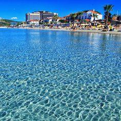 """Gunaydiinn good morning with crystal clear waters of Cesme☕️ #cesme #izmir #turkey"""
