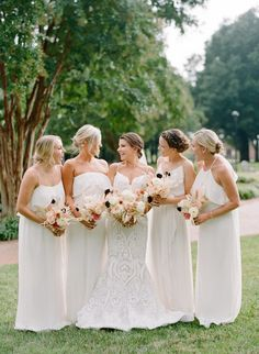 This modern Greenville wedding with feathery florals is a contemporary dreamland in hues of blush with a pop of black. We are in l-o-v-e with this bold wedding design! Patterned Bridesmaid Dresses, Wedding Dresses, Wedding Trends, Wedding Designs, Dream Wedding, Wedding Day, Bridesmaid Inspiration, Oklahoma Wedding, Bridesmaids And Groomsmen