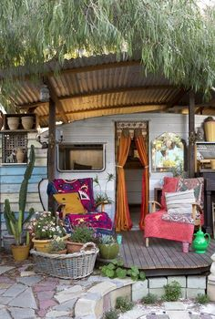 La Maison Boheme: Textiles for a Cozy Outdoor Retreat