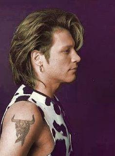 Bon Jovi Song, Bon Jovi 80s, Jon Bon Jovi, Bon Jovi Always, Fantasy Art Men, Music Online, Matthew Mcconaughey, Celebrity Babies, Famous Celebrities