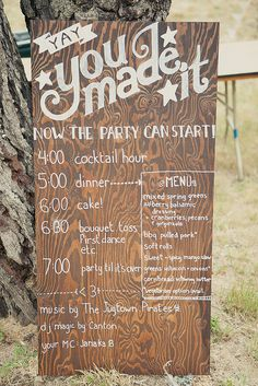 Let your guests know the plan of the wedding reception // wooden wedding sign
