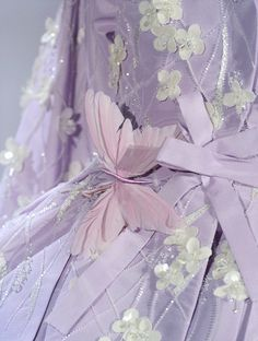 Christian Dior haute couture s/s 2007 - (inspires me to make a feather hair or accessorie - JD) Soft Purple, Lavender Color, Purple Rain, Shades Of Purple, Rose Fushia, Lilac Color, Periwinkle, Christian Dior, Judy Garland
