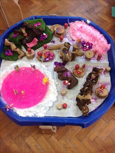 Fairy tuff spot-- maybe not so much glitter. It could get in eyes. Tuff Spot, Sensory Boxes, Sensory Play, Nursery Activities, Toddler Activities, Reggio, Montessori, Reception Class, Tuff Tray
